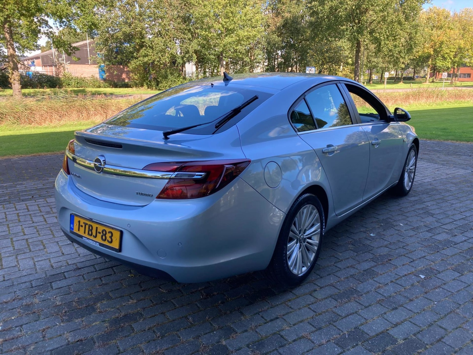 Opel-Insignia-7
