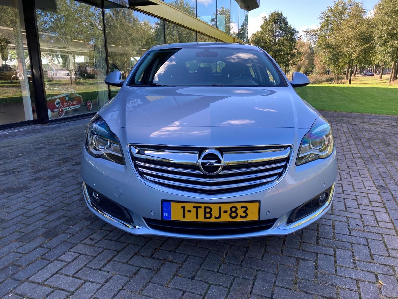 Opel-Insignia-8