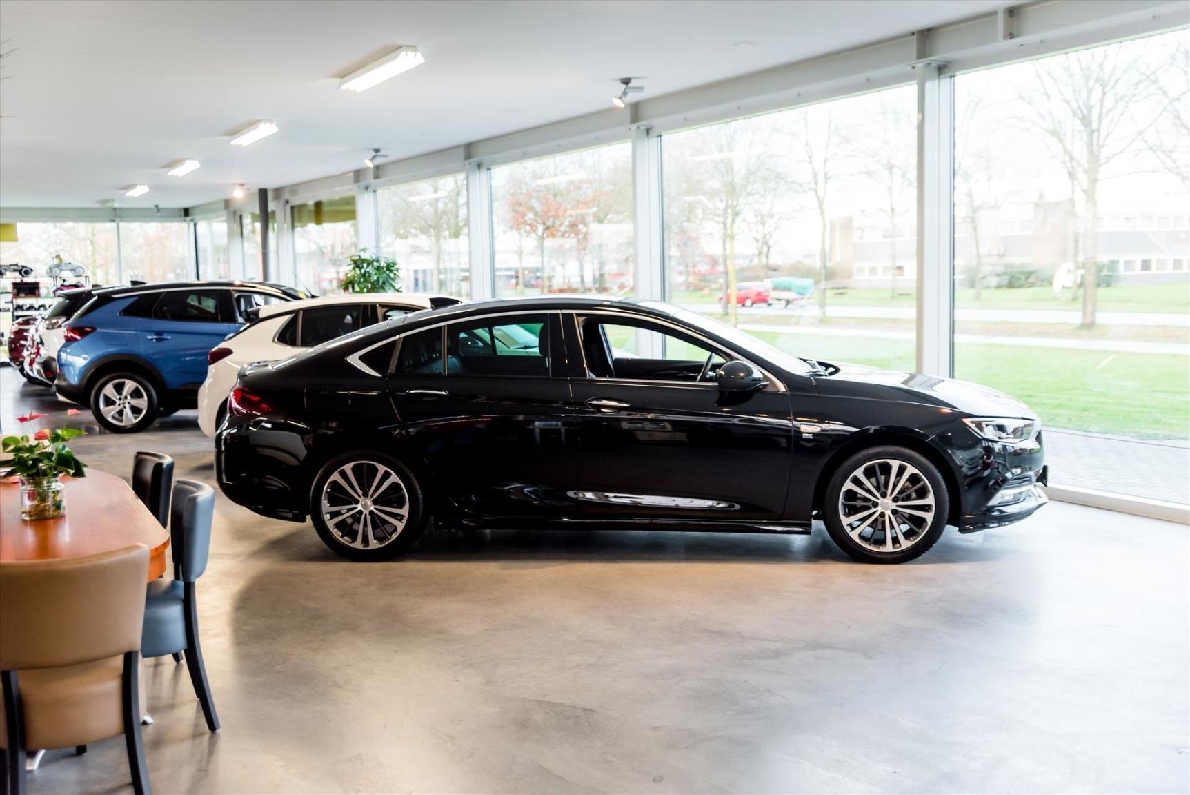 Opel-Insignia-22